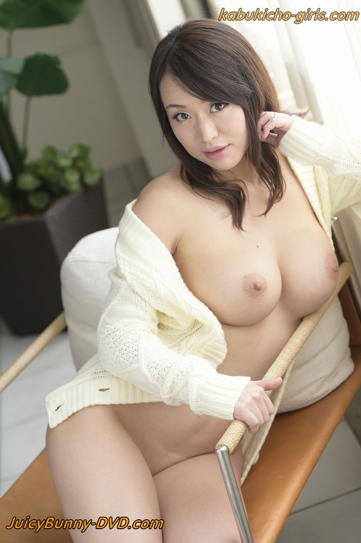 Big Boobs Japanese AV idol kaede Niiyama - SKY-296 - Kabukicho-Girls.com